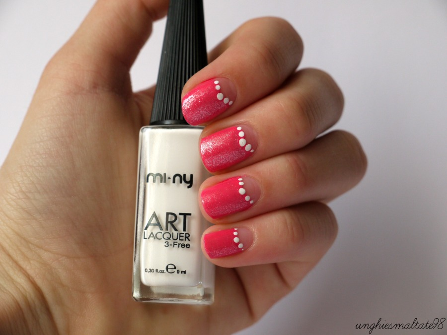 White and pink nail art - Official Blogger MI-NY!